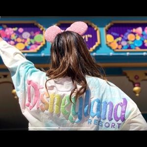NWT Disneyland cotton candy Spirit Jersey size XL